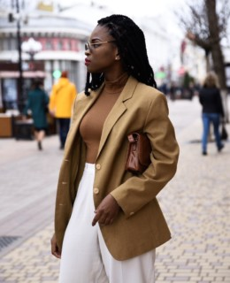 Styling blazer with mules