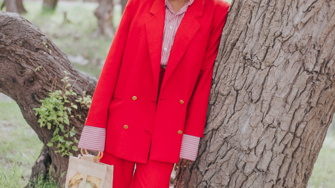 styling suit for women